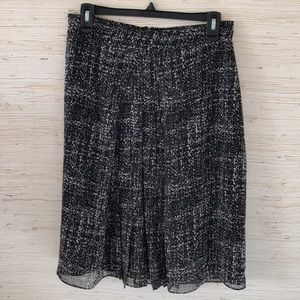 Fully lined cold water creek skirt